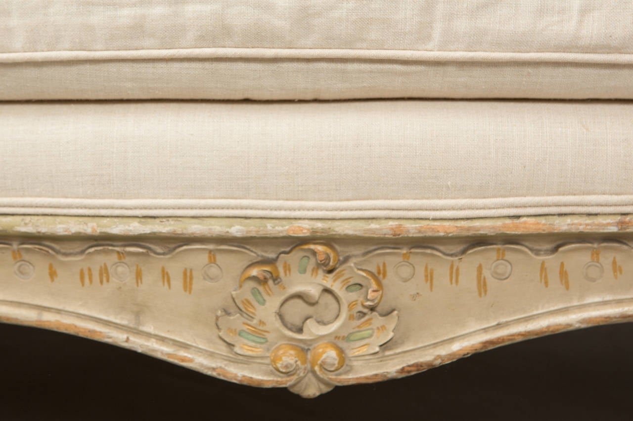 Linen Pair of Louis XV Banquettes For Sale