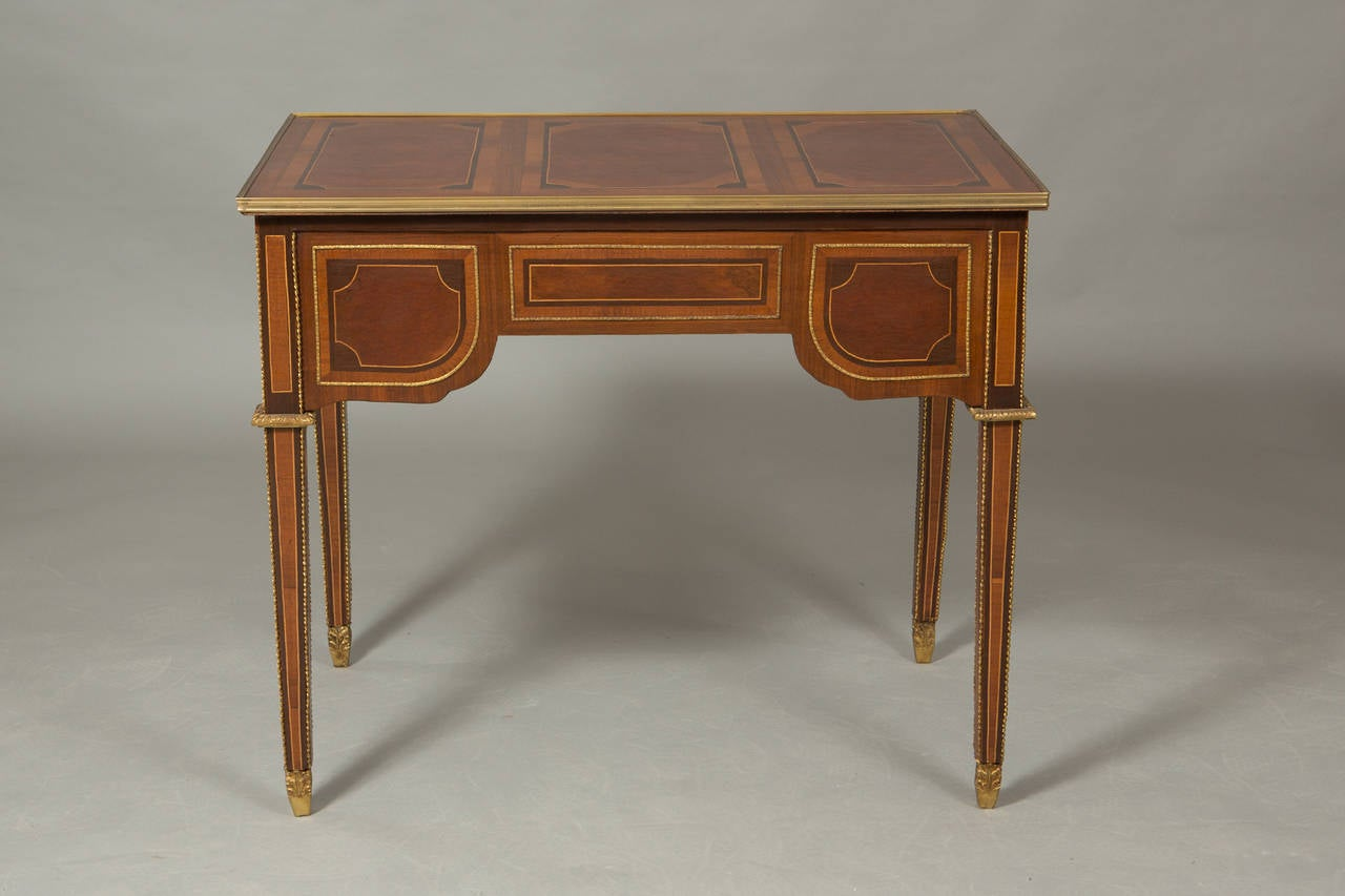Louis XVI Style Bureau Plat In Good Condition For Sale In New York, NY
