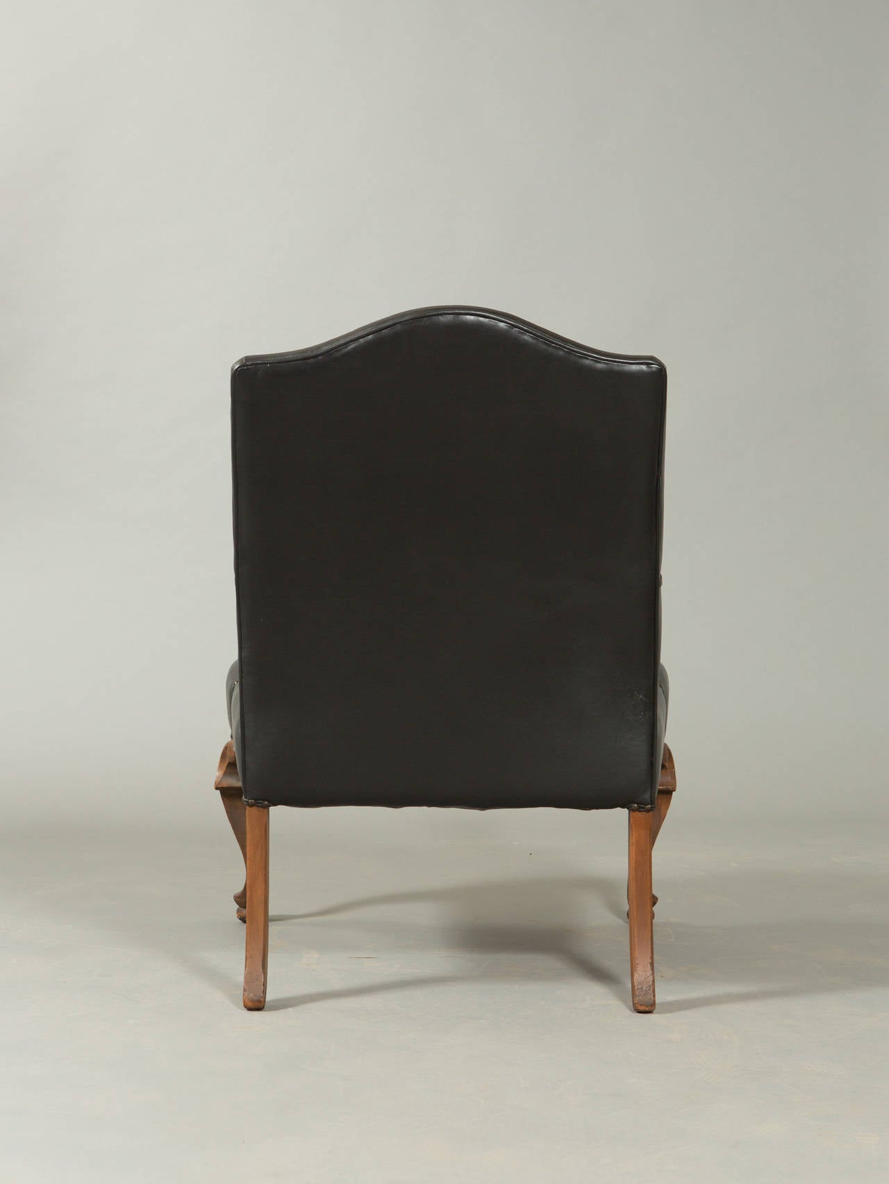 Neo-Baroque Hand-Carved Louis XIII Style Armchair In Good Condition For Sale In New York, NY