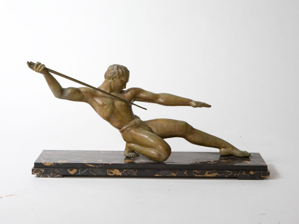 Art Deco Figural Bronze Sculpture For Sale 1
