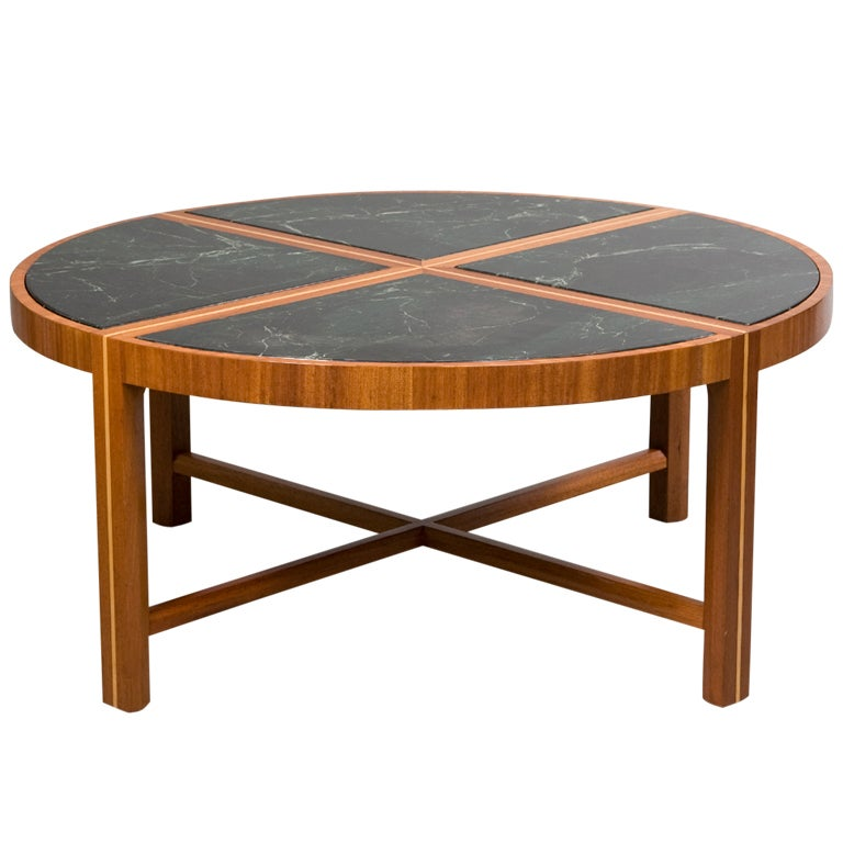 Round coffee table with green marble top at 1stdibs Round marble coffee tables