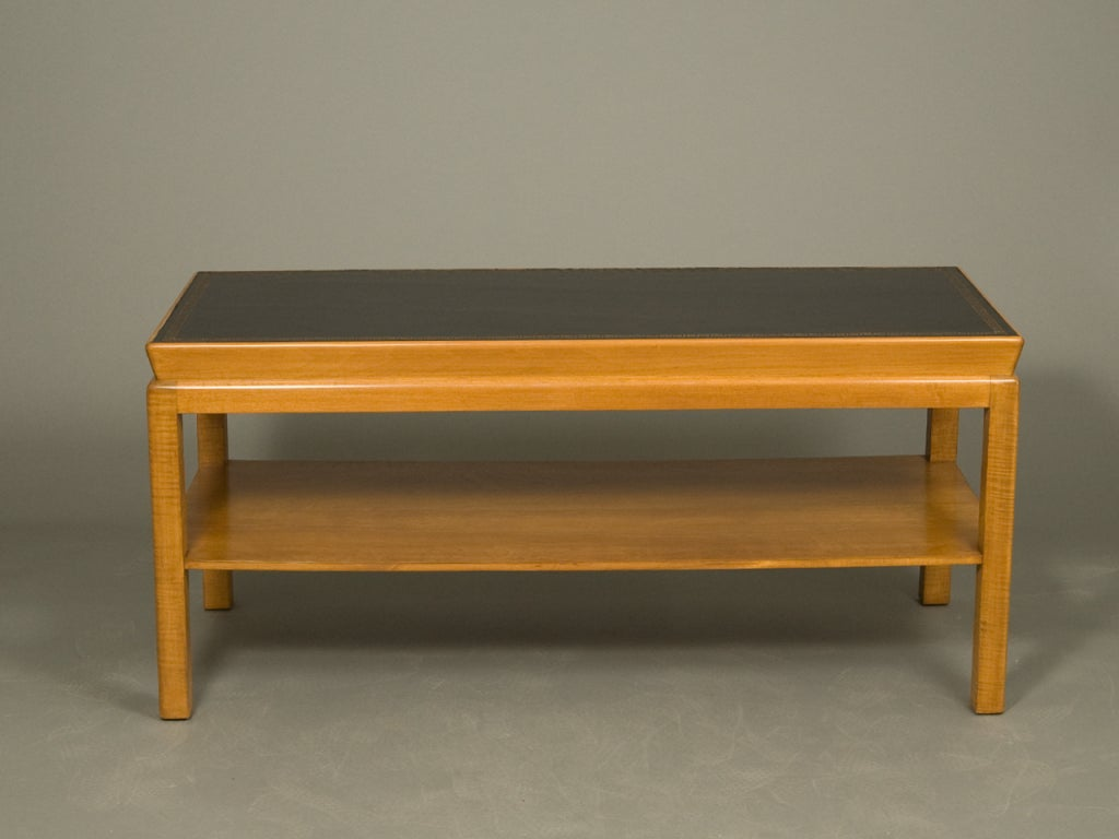 Mid-Century Modern Coffee Table In Good Condition For Sale In New York, NY
