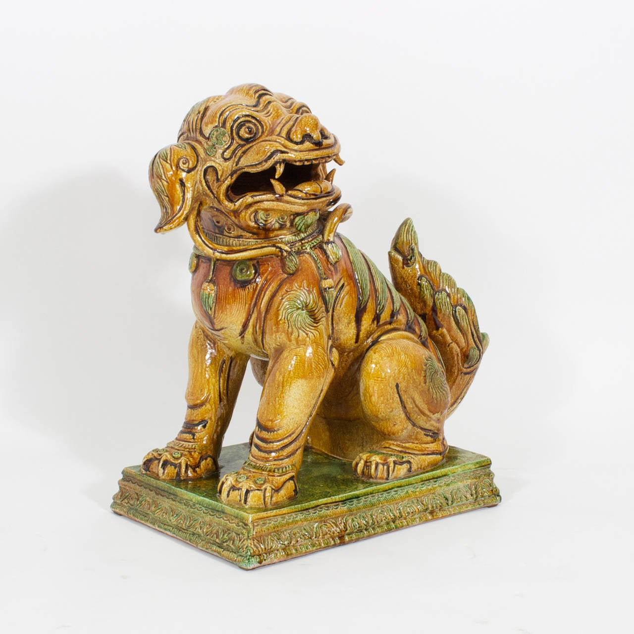 Italian Large Pair of Majolica Foo Dogs For Sale