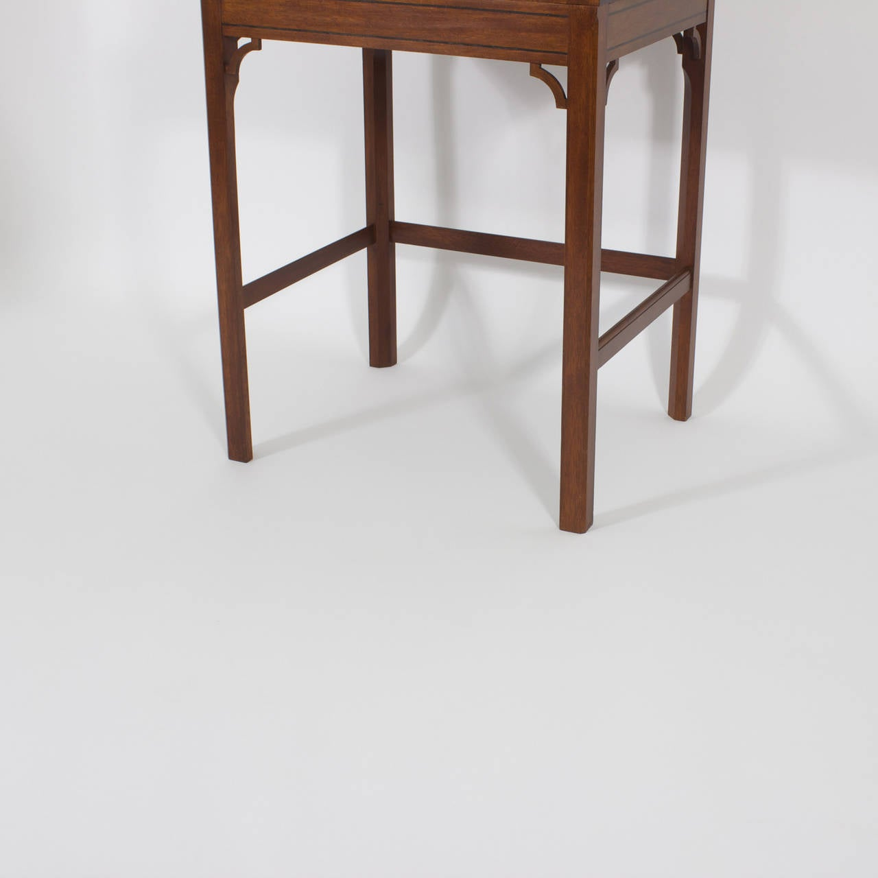 Campaign Roll Top Desk on Stand In Excellent Condition For Sale In Palm Beach, FL