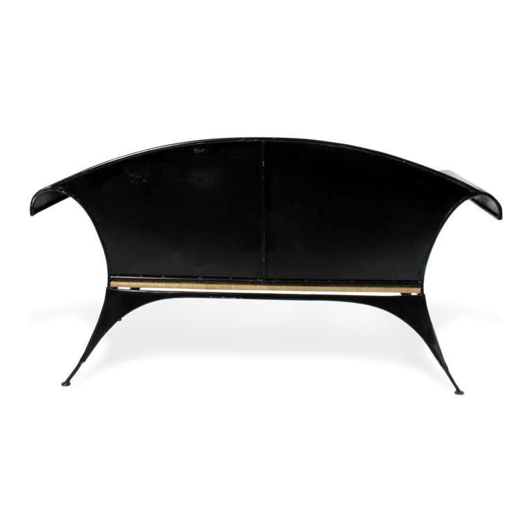 Black Tole Painted Chippendale Style Settee In Excellent Condition For Sale In Palm Beach, FL