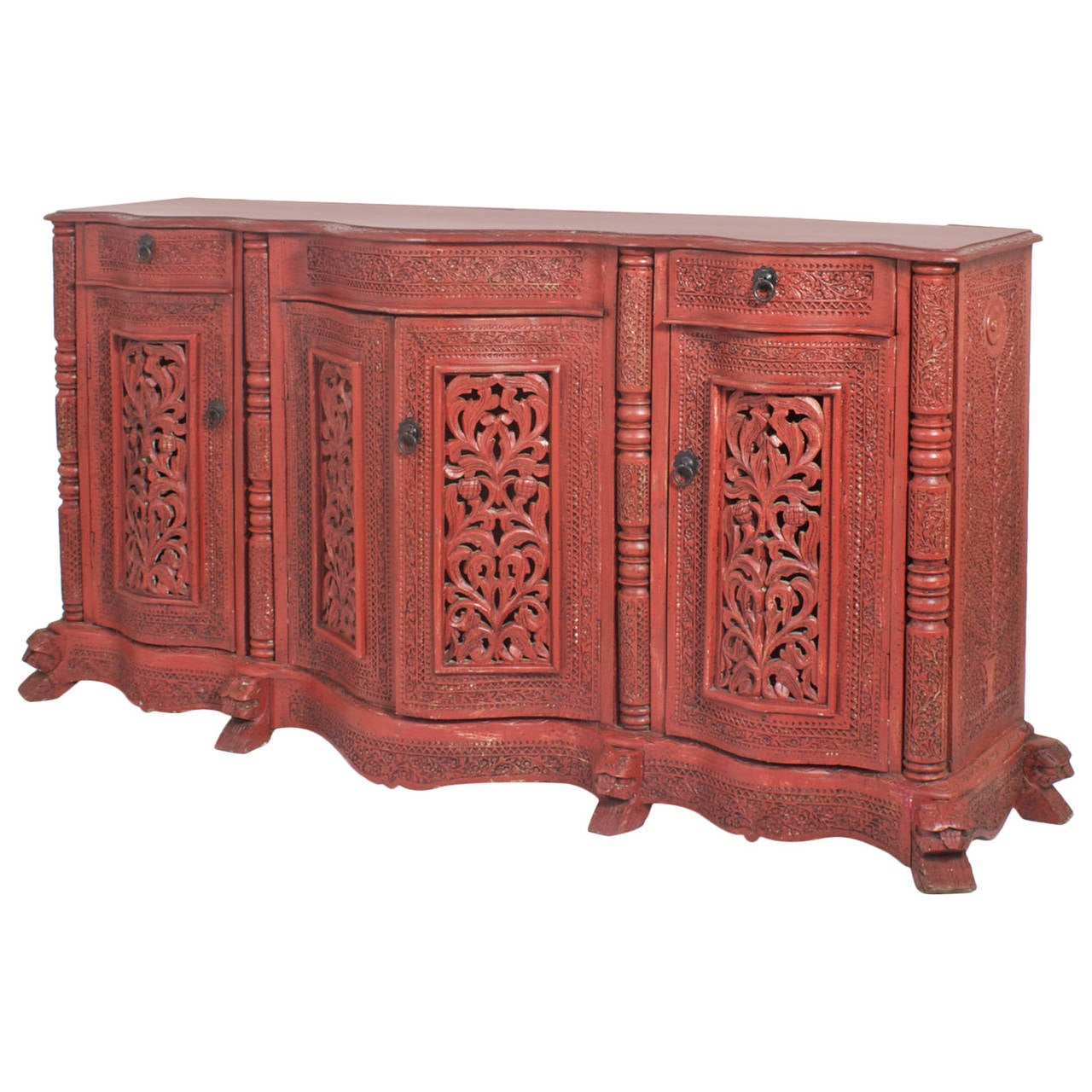 Anglo indian serpentine front painted sideboard at 1stdibs for Sideboard indien