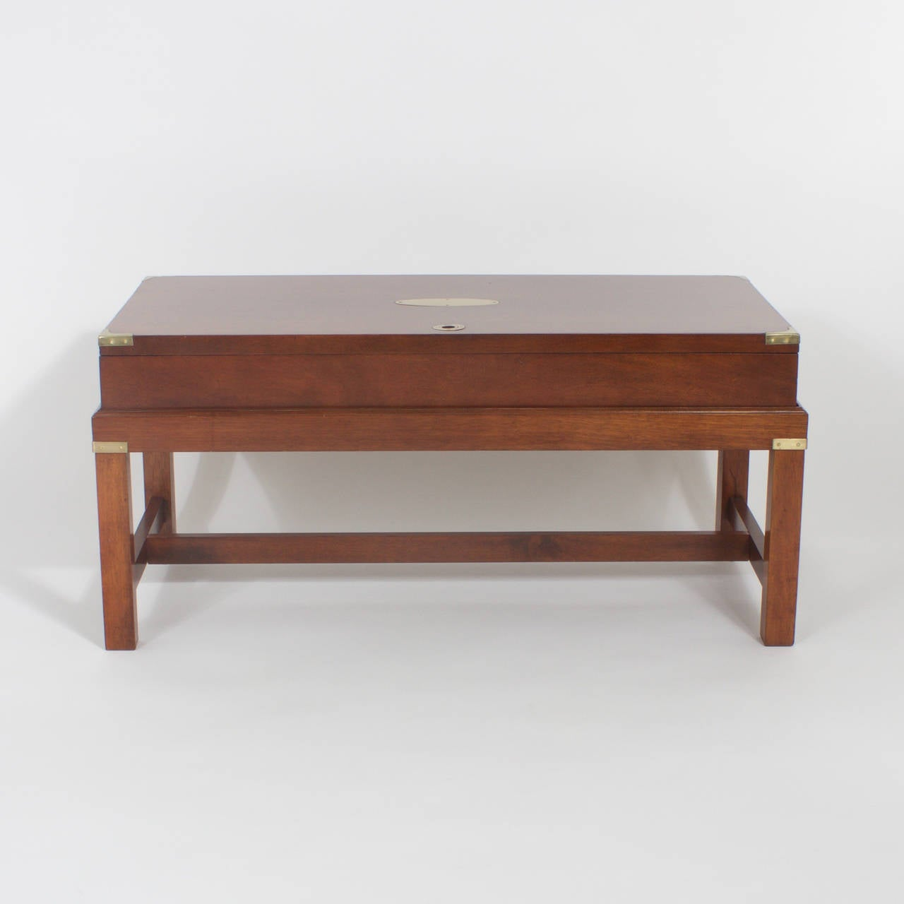 Awe Inspiring Campaign Gun Case Table At 1Stdibs Dailytribune Chair Design For Home Dailytribuneorg