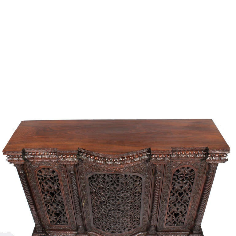 Well carved anglo indian 3 door sideboard or console at for Sideboard indien