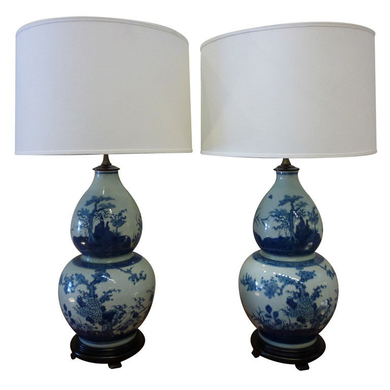 pair of blue and white chinese export double gourd lamps. Black Bedroom Furniture Sets. Home Design Ideas