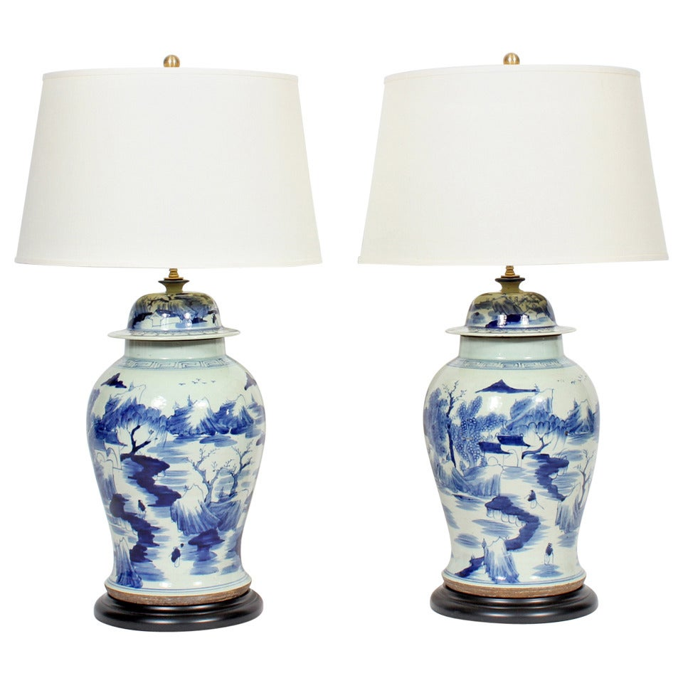 pair of blue and white chinese export porcelain lamps at. Black Bedroom Furniture Sets. Home Design Ideas