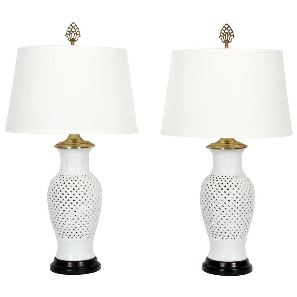 a pair of elegant blanc de chine white vase form table. Black Bedroom Furniture Sets. Home Design Ideas