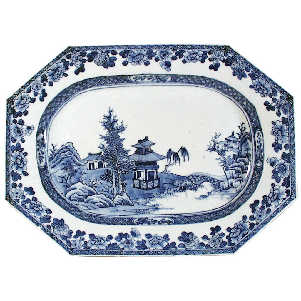 Chinese export porcelain dish, 1760