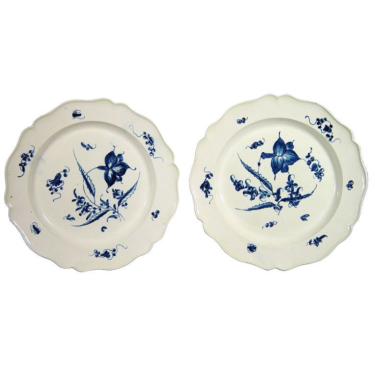 A Pair of Underglaze Blue Creamware Large Plates