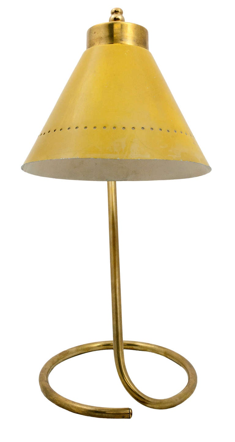 Mid-20th Century 1950s Gilt Metal Desk Lamp with Original Yellow-Painted Tole Shade For Sale