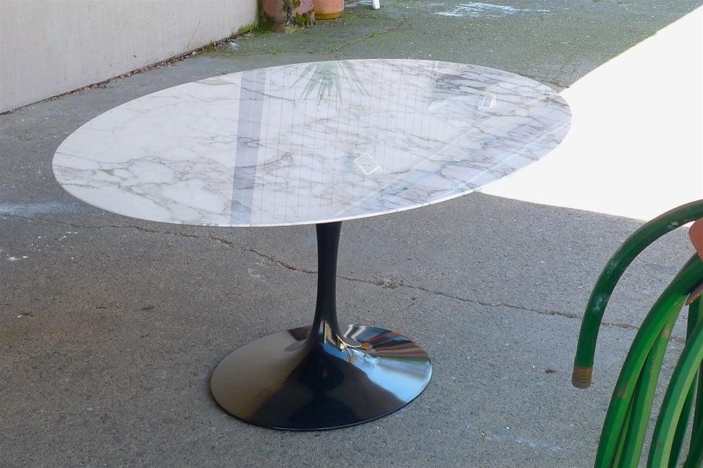 Eero Saarinen for Knoll Elliptical Marble Top Dining Table  : 861513366444035 from 1stdibs.com size 1024 x 682 jpeg 128kB