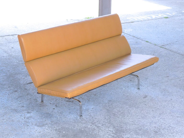 Charles Eames Leather Sofa Compact For Herman