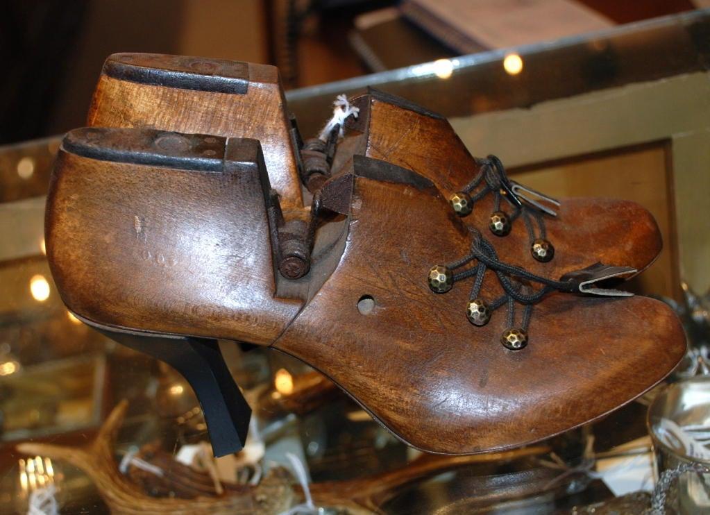 English Antique Shoe