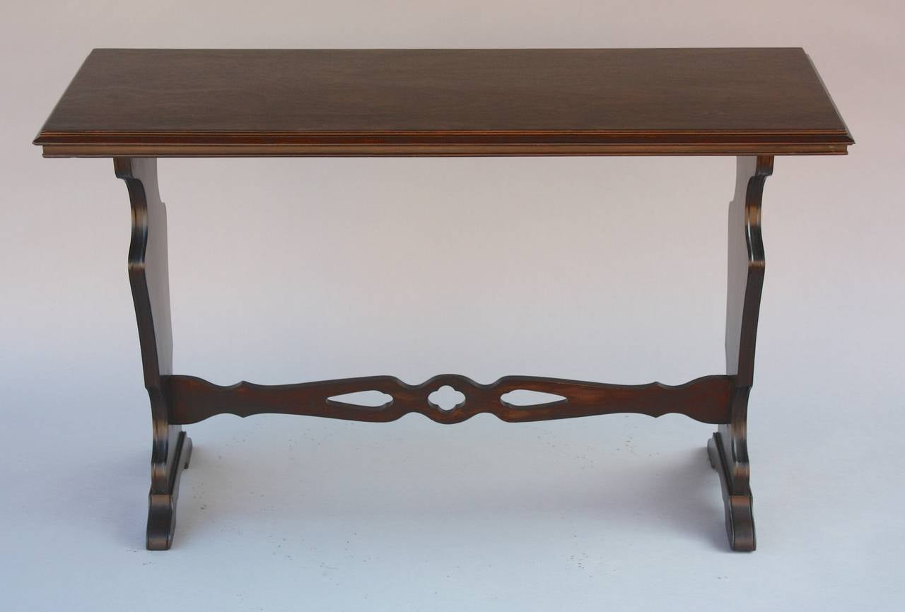 Antique narrow walnut console table at 1stdibs for Sofa table antique