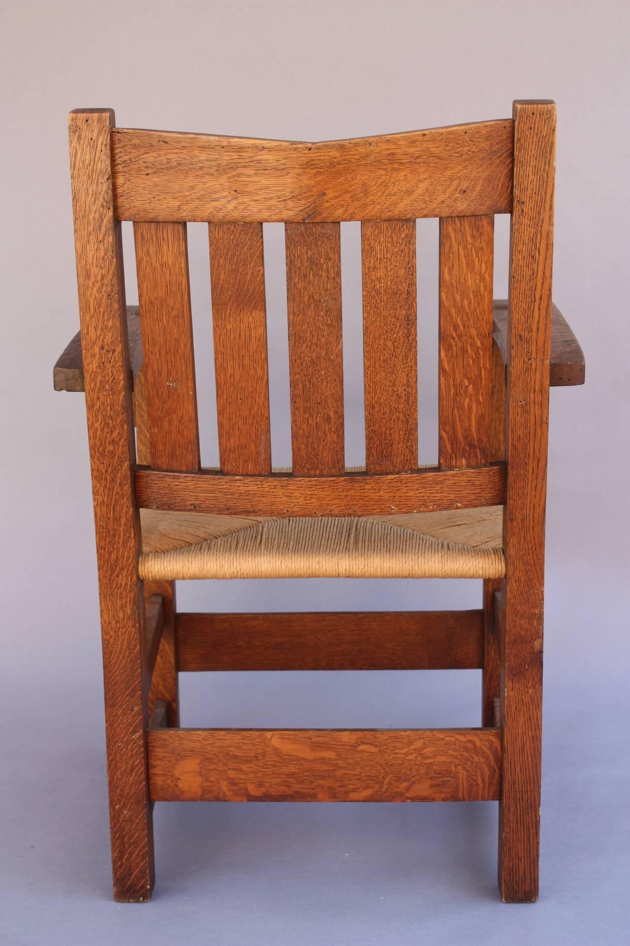 Pair Of V Back Gustav Stickley Chairs At 1stdibs
