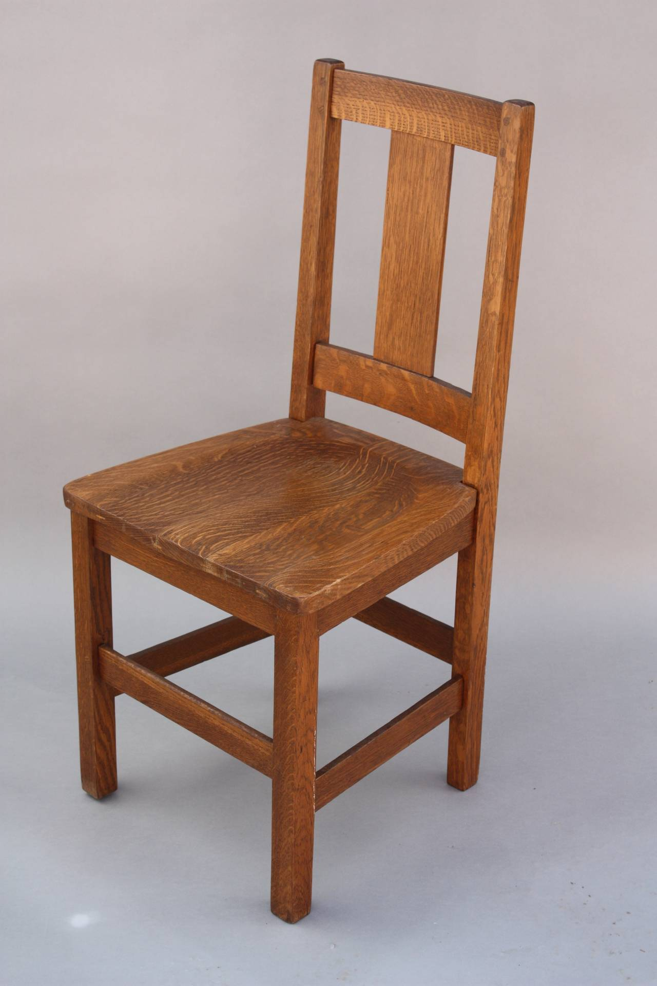 Arts and crafts chairs - Set Of Four Signed Arts And Crafts Limbert Chairs 3