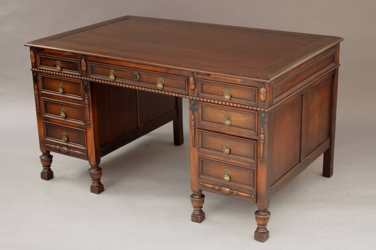 Antique walnut desk antique furniture for Antique furniture desk