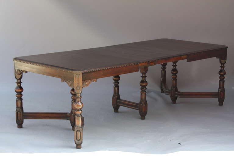 antique walnut 1920 39 s dining room table at 1stdibs. Black Bedroom Furniture Sets. Home Design Ideas