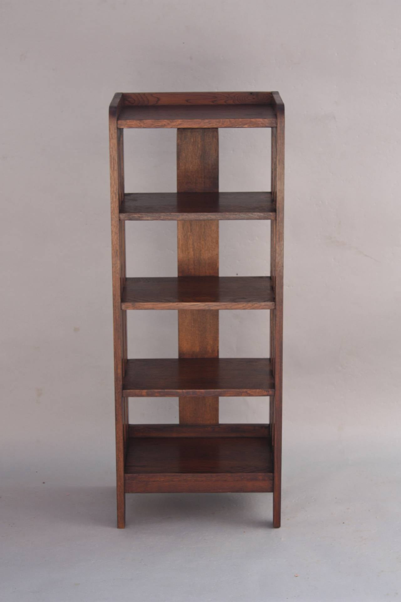 arts and crafts tall magazine stand or small bookcase at. Black Bedroom Furniture Sets. Home Design Ideas