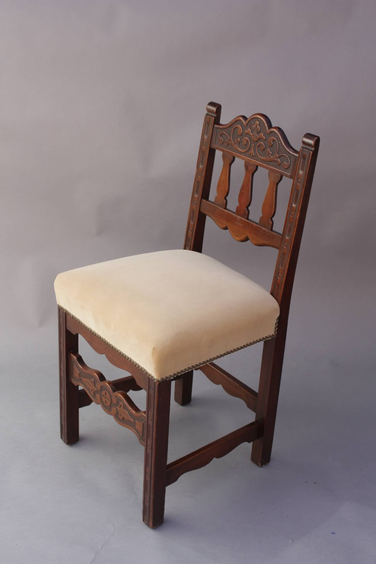 Set of Six Dining Room Chairs Newly Upholstered circa