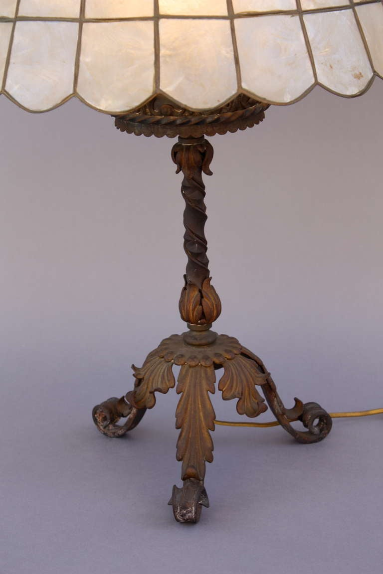 1920s wrought iron table lamp at 1stdibs. Black Bedroom Furniture Sets. Home Design Ideas