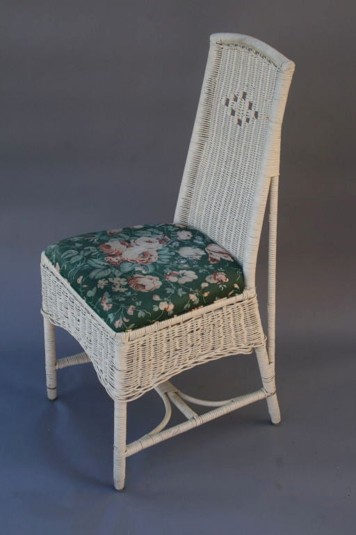 arts and crafts era wicker table and chairs set at 1stdibs. Black Bedroom Furniture Sets. Home Design Ideas