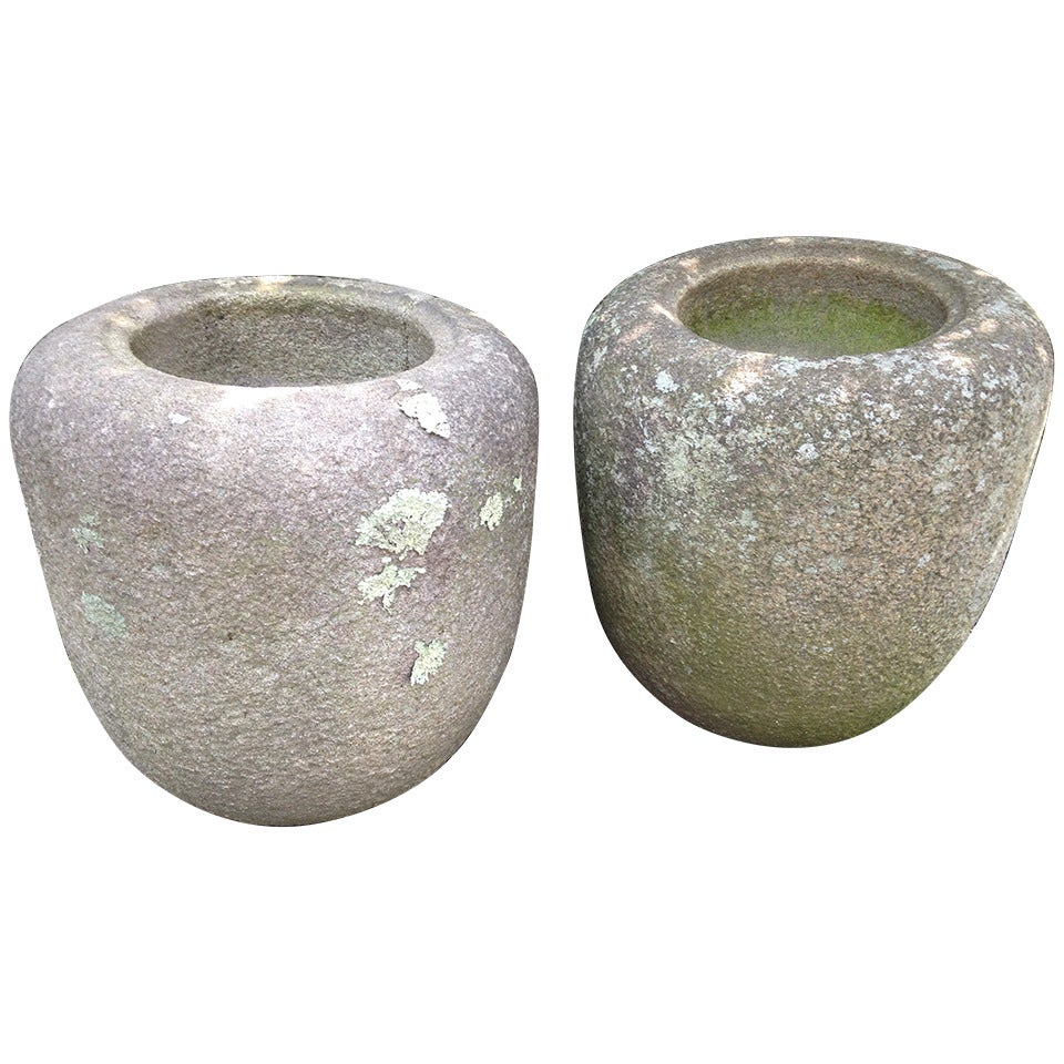 Pair of Edo Period Japanese Natsume Tetsubachi Granite Purification Basins
