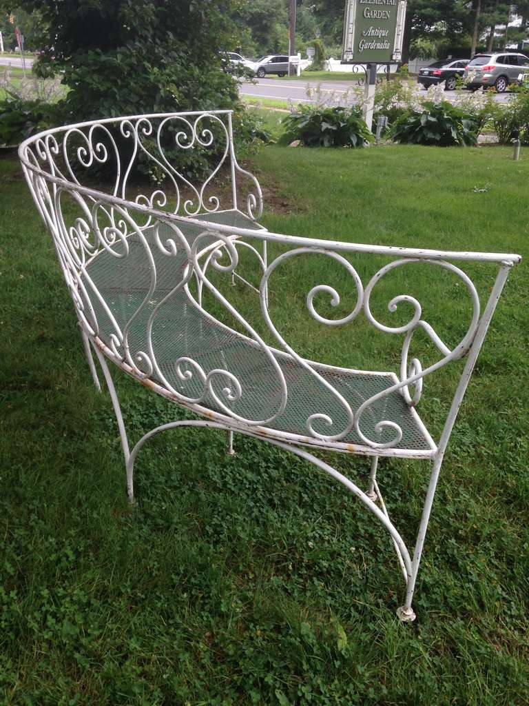 Wrought Iron French Garden Bench In Excellent Condition For Sale In Woodbury, CT