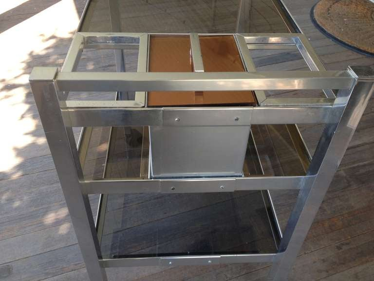 Mid-Century English Cocktail Trolley in Chrome and Smoked Glass For Sale 4