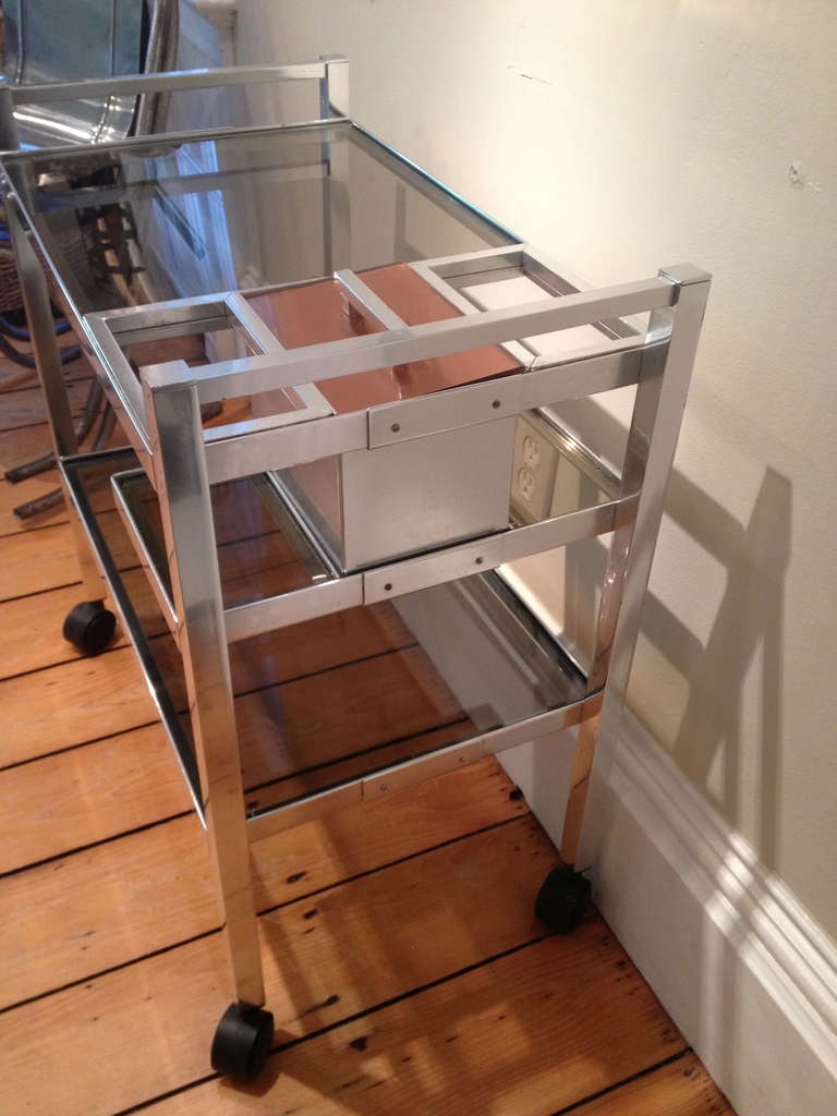 British Mid-Century English Cocktail Trolley in Chrome and Smoked Glass For Sale