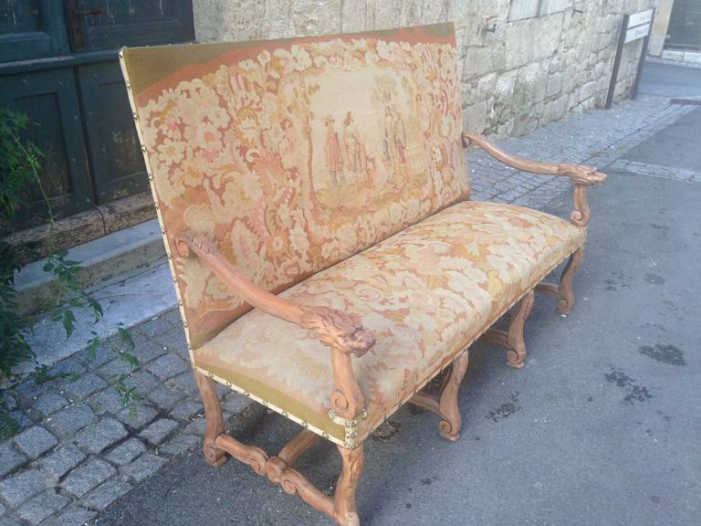 19th Century French Walnut Sofa with Original Musketeers Tapestry 2
