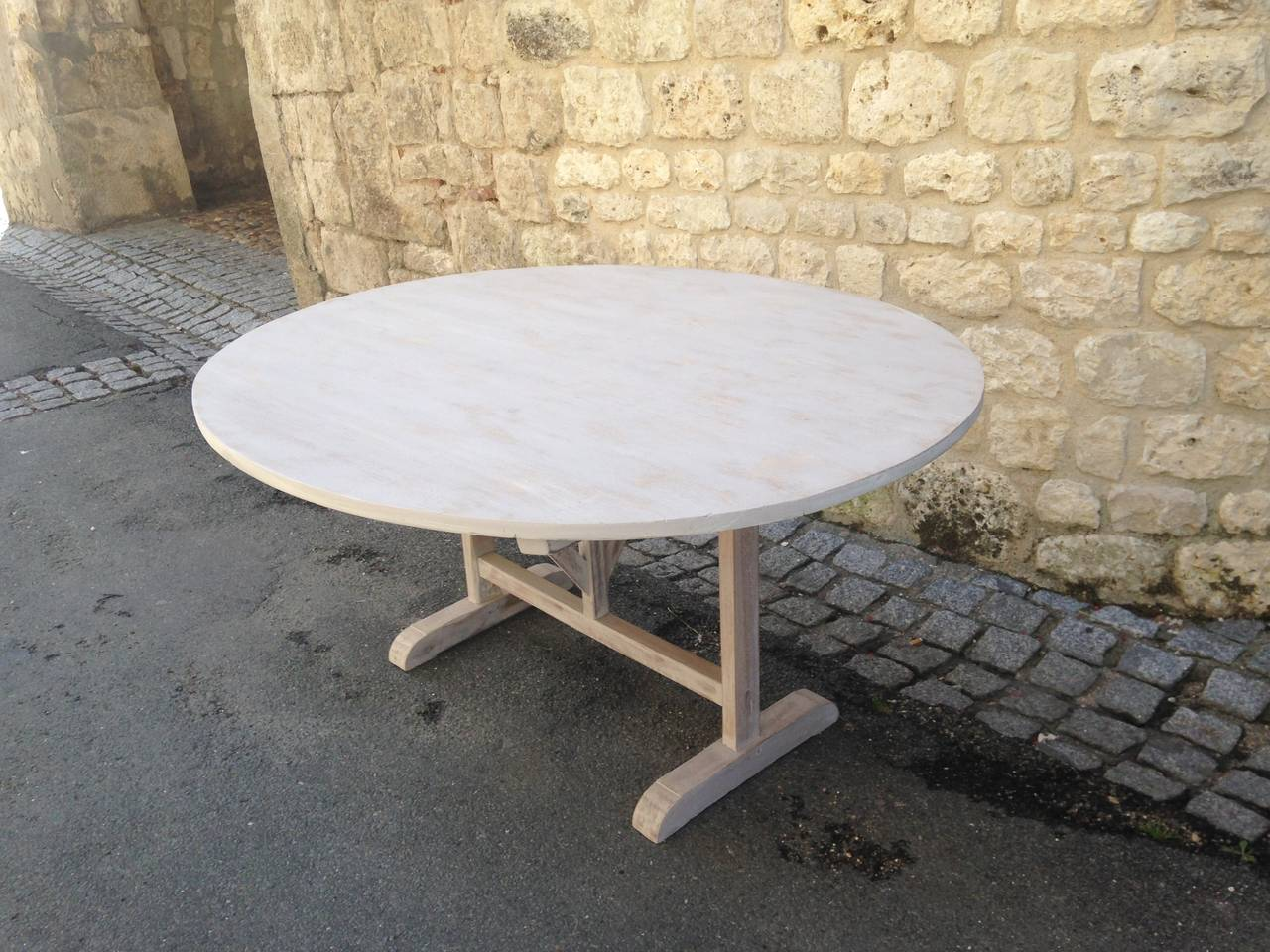 Late 19th Century Large 19th Century French Poplar and Oak Oval Wine-Tasting Table For Sale