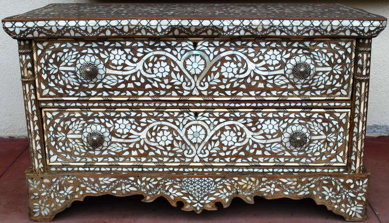 Wonderful 19th Century Syrian Mother Of Pearl Dresser Cabinet In Good Condition For Montecito