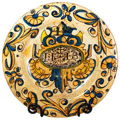 Very Early Spanish Talavera or Puente de Arzobispo Plate 1580-1650