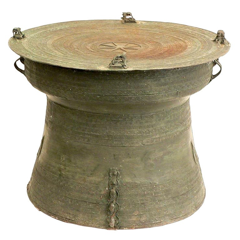 South east asian bronze rain drum coffee table side at 1stdibs for Drum side table