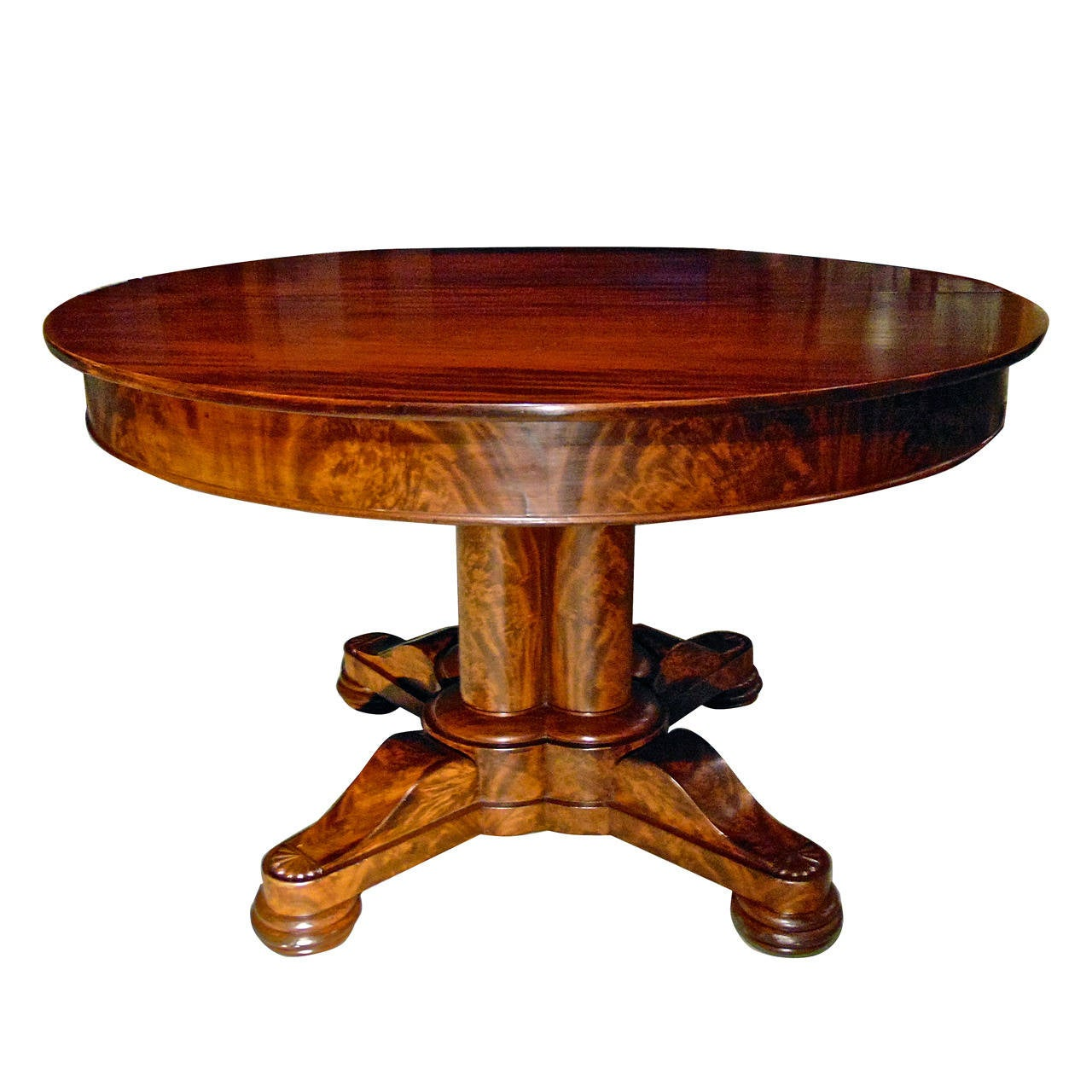 Boston Empire Briggs Patent Expandable Round Dining Table At