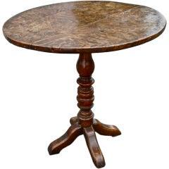 18th Century Welsh Burl Elm Round Table