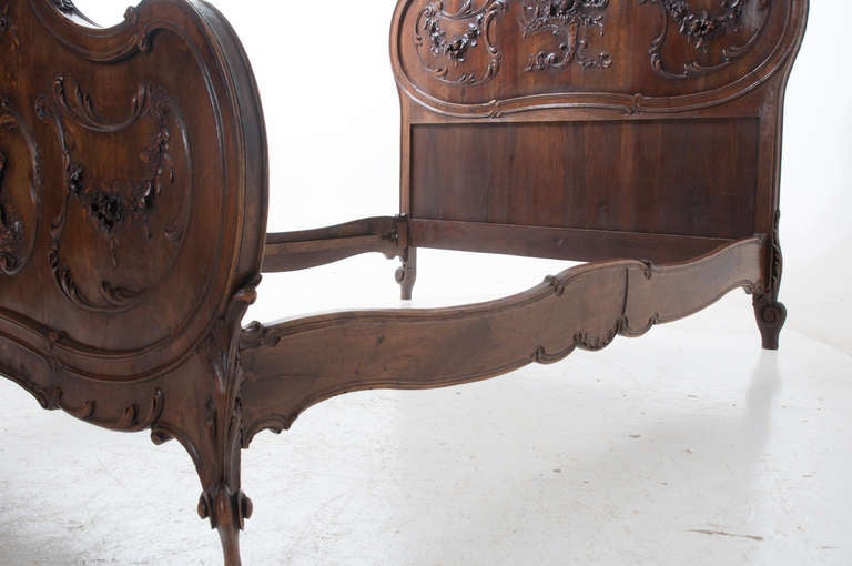 French 19th Century Louis XV Walnut 3 Piece Bedroom Set 3