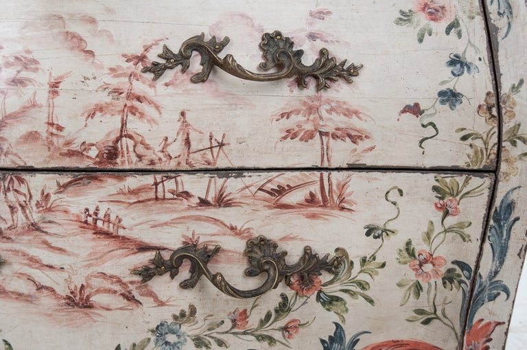 Italian 19th Century Painted Bombe Chest For Sale 1