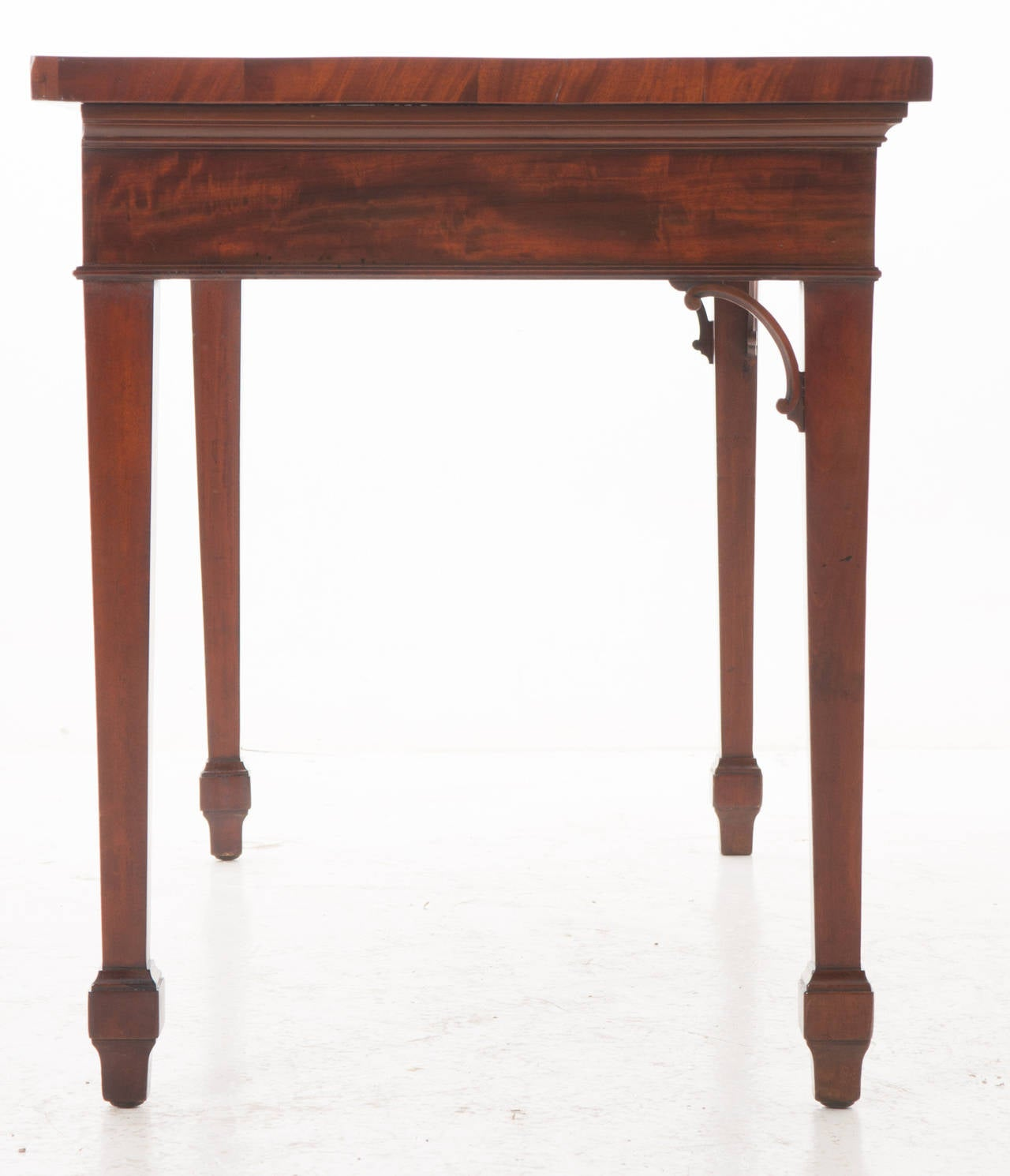 English 19th Century Mahogany Serpentine Server or Console For Sale 5