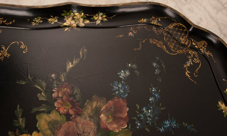 English 19th Century Black Lacquer Tray For Sale 1