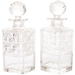 English 19th Century Pair of Cut Crystal Decanters