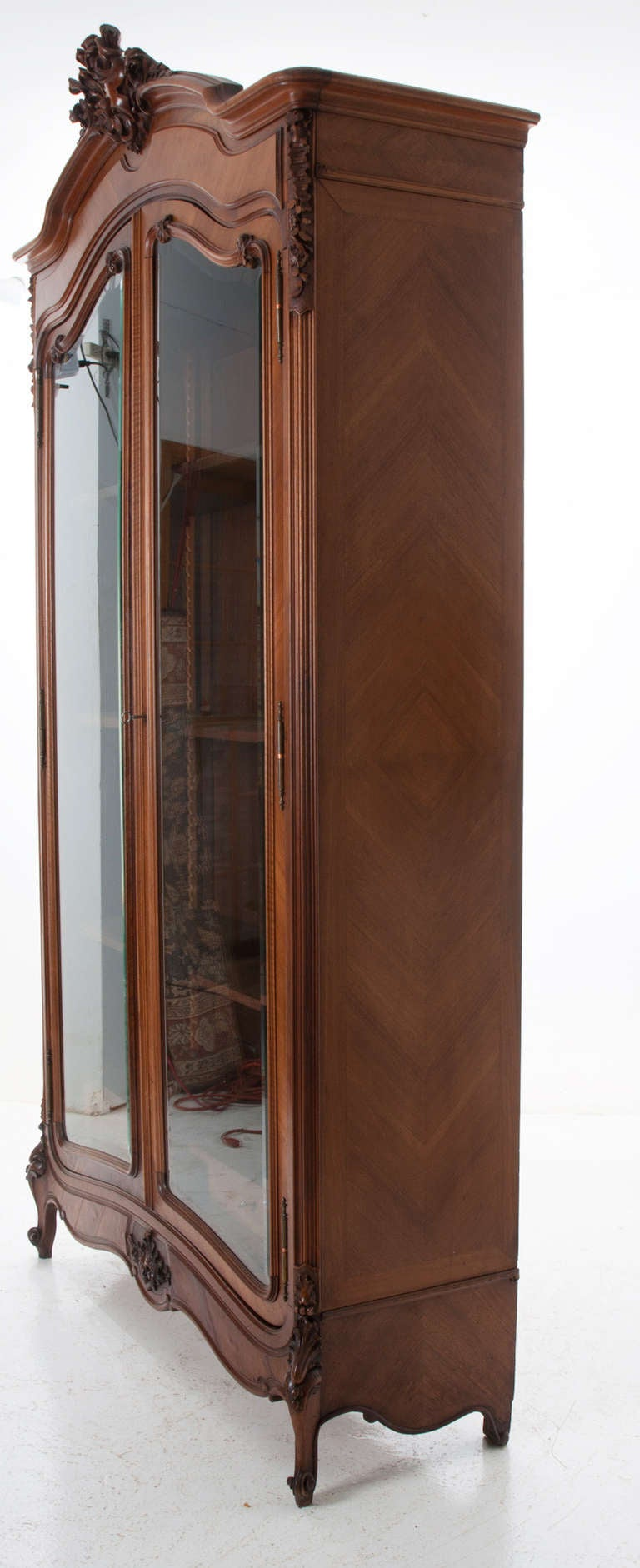 french 20th century walnut louis xv armoire or display. Black Bedroom Furniture Sets. Home Design Ideas