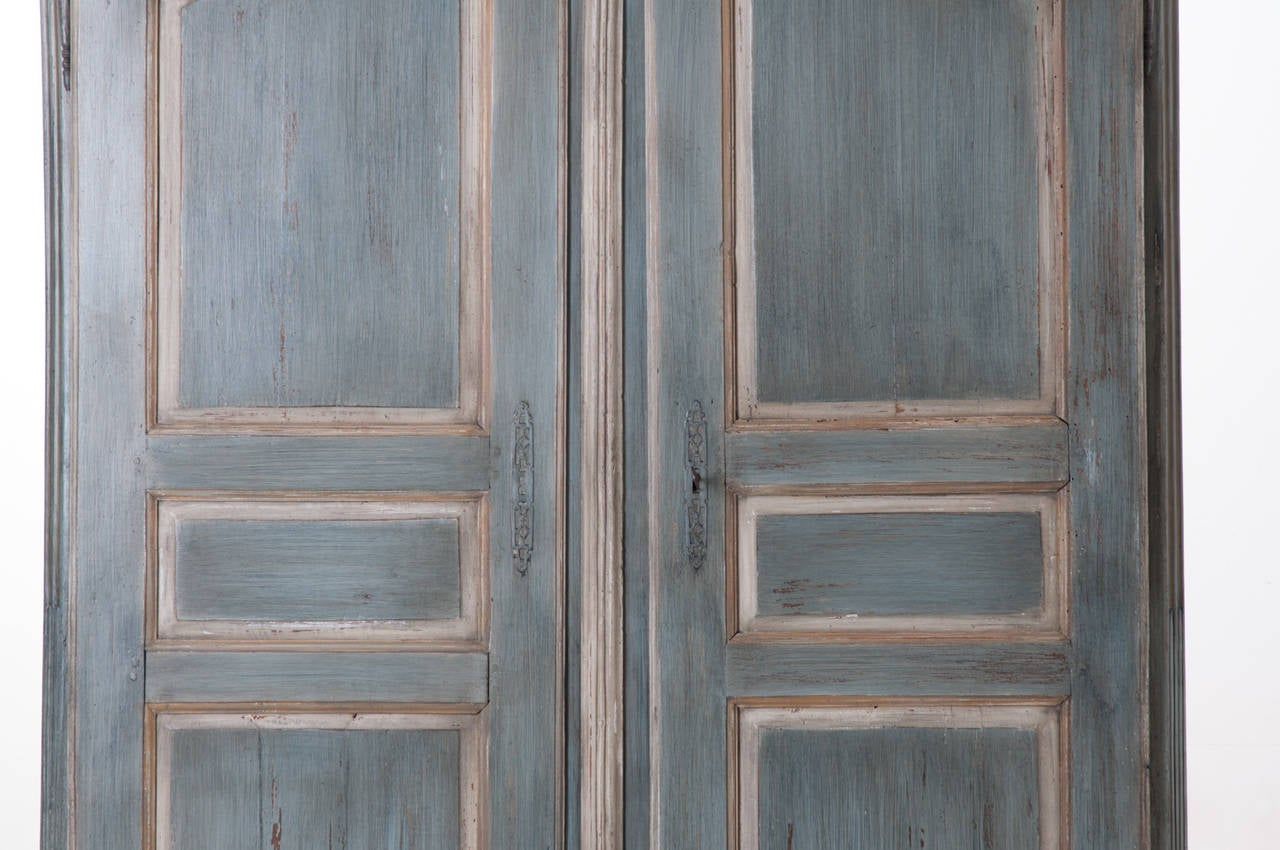 French, Early 19th Century Painted Cherry Armoire In Good Condition For Sale In Baton Rouge, LA