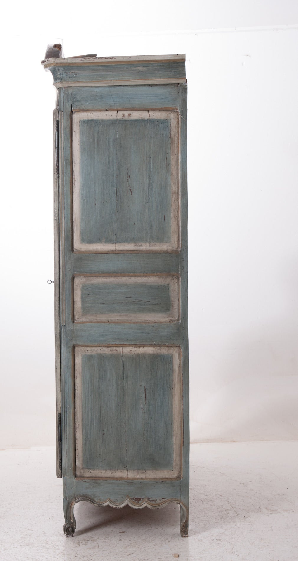 French, Early 19th Century Painted Cherry Armoire For Sale 4