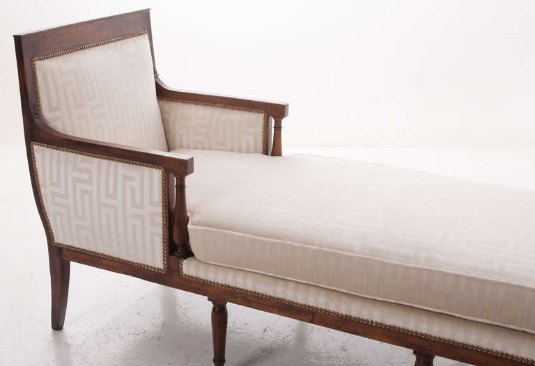 French 19th century long directoire chaise longue for sale for Chaise directoire